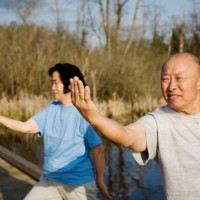 older-adults-doing-tai-chi